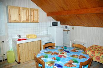 Appartement 6 personnes cuisine - Central jardin saint bonnet pres riom ...